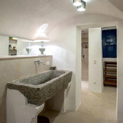 Ofenbau Schwarz, Neubeuern, Badezimmer-mit-Naturstein